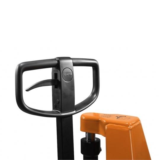Гидравлическая тележка с ручным подъемом вил (для установки в верхнее положение)