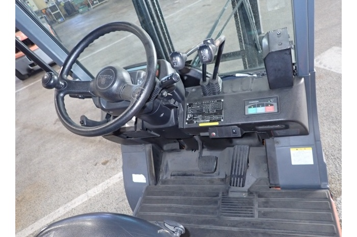 Электропогрузчик Toyota 7FBH15